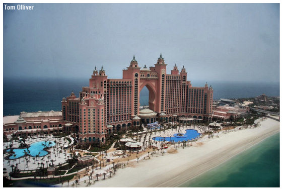 Bird's-eye view of Atlantis Hotel, Dubai