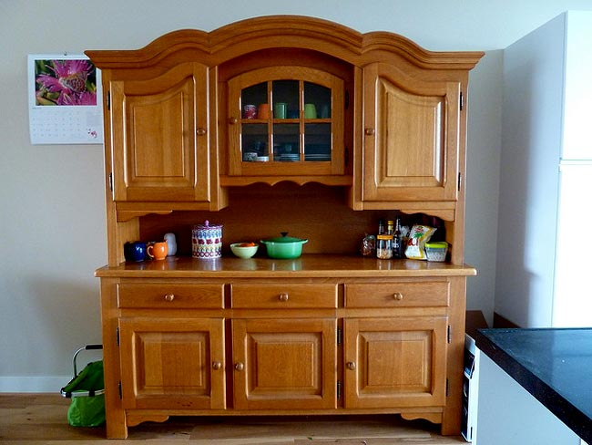 Standalone or hanging - new cabinets add new life to any kitchen. @flickr-katiehumphry