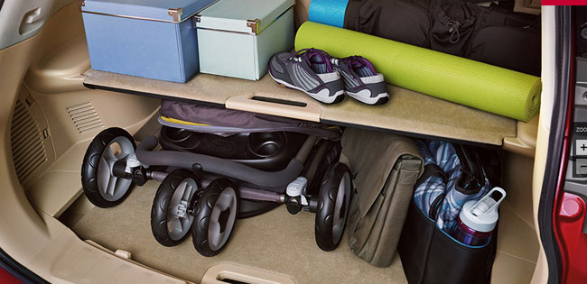 the rogue / x-trail has 39 cubic feet/1112 L in its regular hold