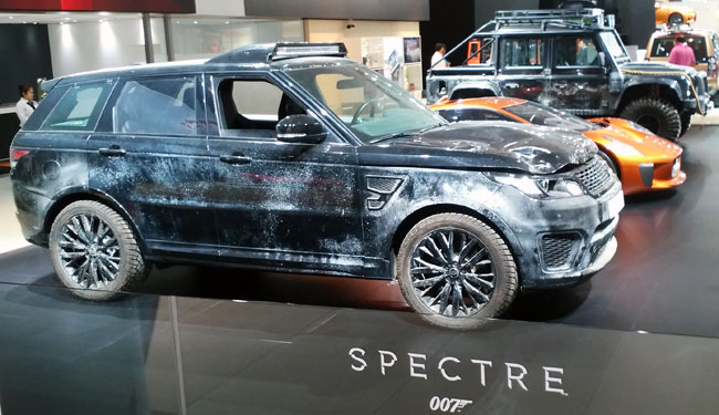 Spy Shots Of New Defender Html Autos Post